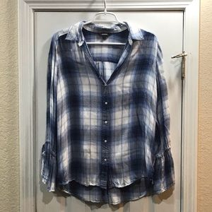 🌸Super Soft Plaid Collar Shirt Size M🌸